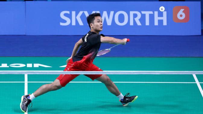 Anthony Sinisuka Ginting menjadi penentu kemenangan tim beregu putra Indonesia setelah mengalahkan Sitthikom Thammasin 21-14, 21-13 di Multinlupa Sport Center, Senin (2/12/2019). (PBSI)
