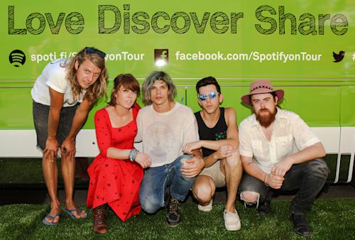 Spotify Session: GROUPLOVE Performs 'Itchin' On A Photograph' With Spotify On Tour