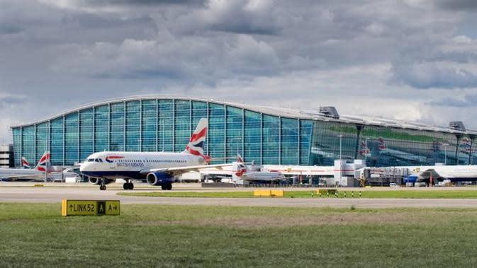 London Heathrow Airport (LHR): 78 juta di 2017 (sumber: heathrow airport)