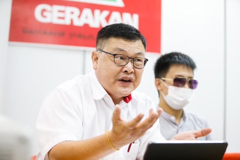 Penang Gerakan Complaints Bureau Chief H'ng Khoon Leng speaks during a press conference in George Town June 20, 2019. — Picture by Sayuti Zainudin