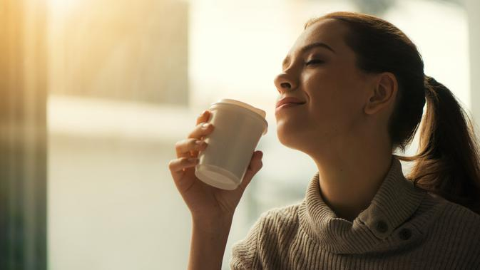 ilustrasi perbandingan kopi dan teh yang lebih baik untuk program diet/Tirachard Kumtanom/pexels