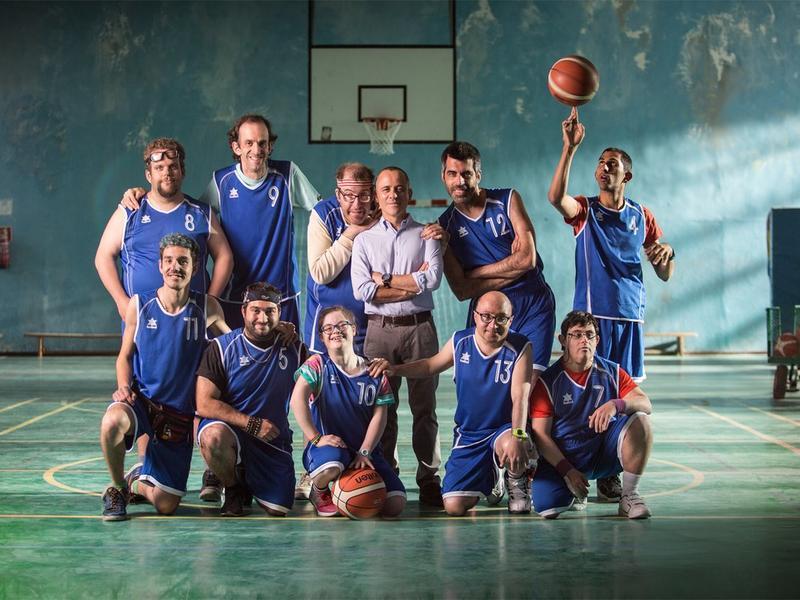 《我和我的冠軍籃球隊》(Champions)