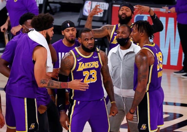 'King James' has Lakers eyeing return to NBA throne