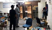 洗車場內違建藏賭窟 三重警查獲強制拆除