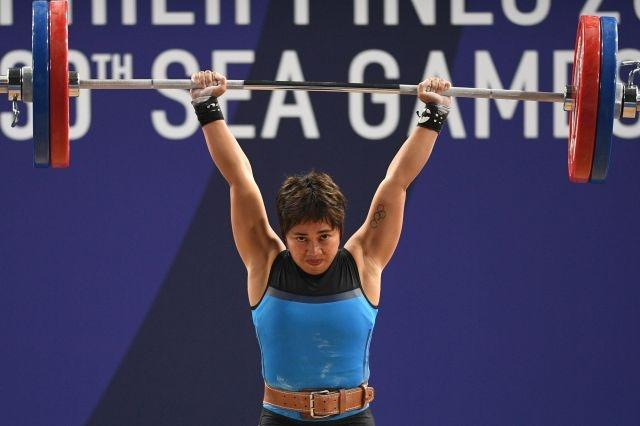Weight off their minds: Olympian's online workouts feed Philippines families