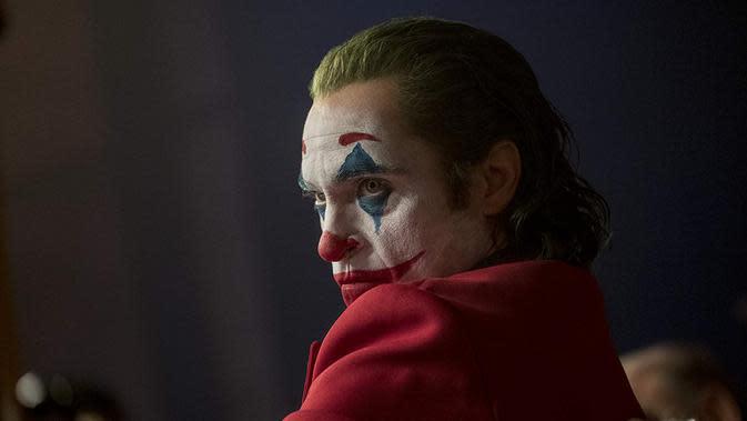 Joaquin Phoenix sebagai Joker. (Dok. IMDb/ Warner Bros.)