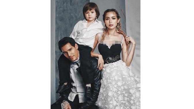 Turun 7 Kg Jelang Menikah, Ini 6 Penampilan Terkini Jessica Iskandar (sumber: Instagram.com/inijedar)