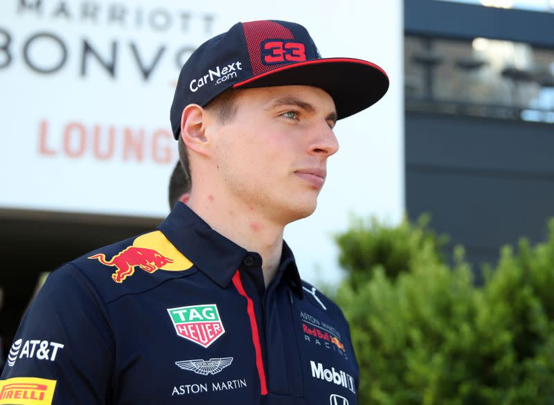 Esports: Van Buren wins all-star battle after Verstappen pulls out