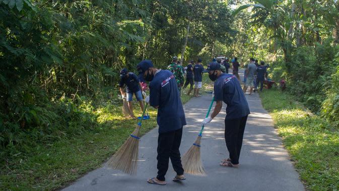 Masyarakat memulai gerakan BISA di Desa Tete Batu (istimewa)
