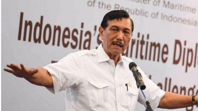 Batal Ladeni Rizal Ramli, Luhut Akhirnya Debat dengan Dosen UI