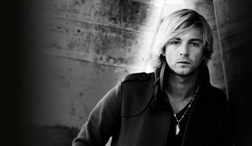 Keith Harkin Debuts New Video From Solo Project