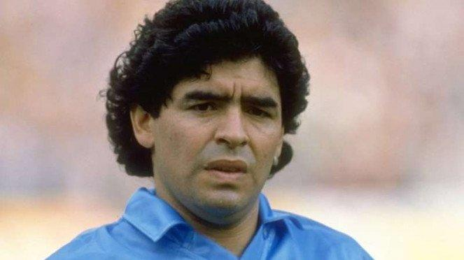 Legenda Napoli, Diego Maradona