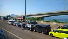 屯門公路6車相撞 往九龍行車線一度須封閉交通擠塞