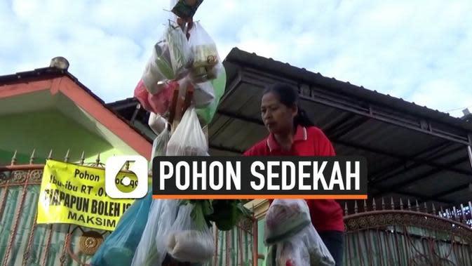 VIDEO: Pohon Sedekah Bagi Warga Miskin di Boyolali