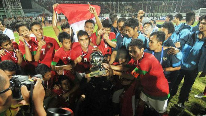 Selebrasi Timnas U-19 saat meraih gelar Piala AFF 2013 (www.aseanfootball.org)