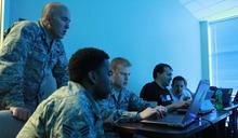美議員提案組建「網路安全後備軍」