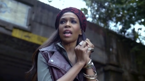 Michelle Williams Features Former Destiny's Child Member in Video