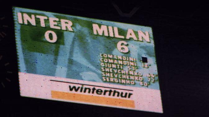 AC Milan menang 6-0 atas Inter Milan pada laga pekan ke-30 Serie A di San Siro, 11 Mei 2001. (dok. AC Milan)