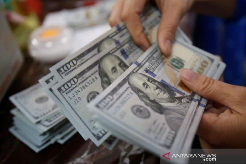 Dolar melemah, tertekan data pengangguran AS yang tetap tinggi