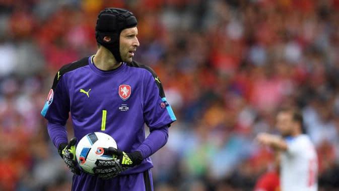 Penjaga gawang Republik Ceska, Petr Cech. (AFP/Pascal Guyot)