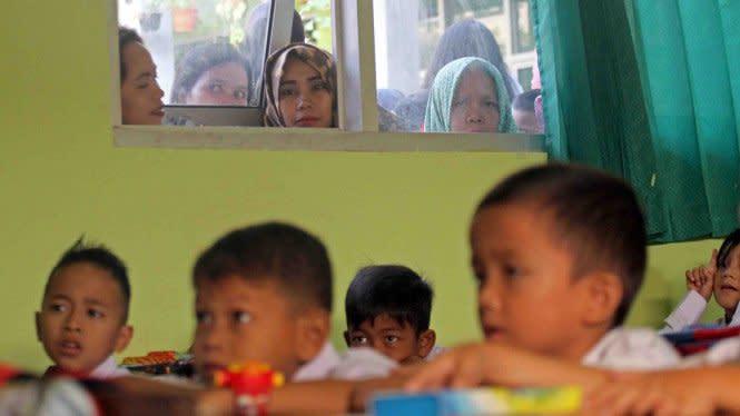 Dampak COVID-19, Hampir 60 Juta Anak Indonesia Tak Dapat Bersekolah