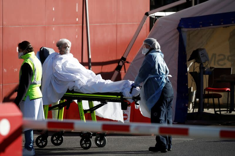 France sees worst daily death toll, fourth country to report 3,000 virus deaths