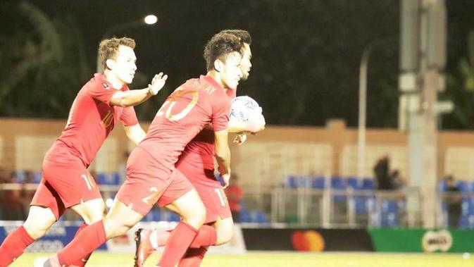 Egy Maulana Vikri, Osvaldo Haay, dan Saddil Ramdani, menjadi trio yang menakutkan saat Timnas Indonesia U-22 menang telak 8-0 atas Brunei Darussalam di laga Grup B sepak bola SEA Games 2019, Selasa (3/12/2019). (Dok. PSSI)