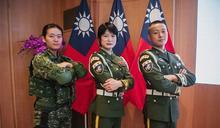 國慶典禮 防疫英雄領唱國歌 國軍精采操演