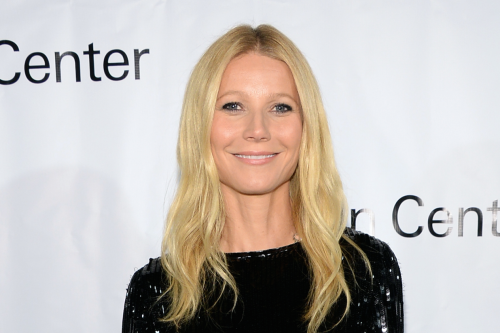 Gwyneth Paltrow Sings Pharrell's 'Happy' for 'Glee' 100th Episode (Video)