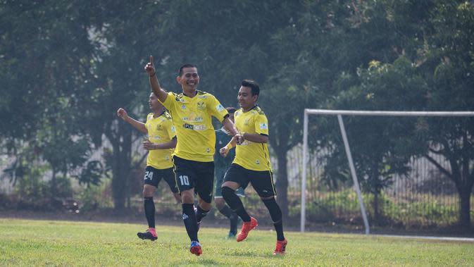 Kompetisi Liga AYO Jakarta 2019 kian memanas, para klub terbaik akan bertarung memasuki babak final tiga divisi. (Dokumentasi Liga AYO 2019)