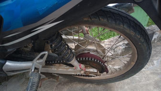 Baju Terlilit Gir Rantai Sepeda Motor, Seorang Ibu di Aceh Terjatuh dan Tewas