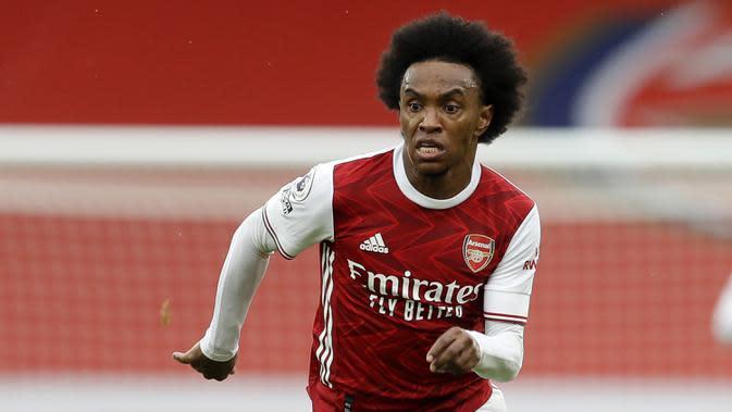 5. Willian (Arsenal) - Penyerang asal Brasil ini resmi bergabung dengan Arsenal pada bursa transfer musim panas ini. Willian direkrut secara gratis oleh Arsenal dan menyepakati kontrak tiga tahun. (AFP/Kirsty Wiggleswort/pool)