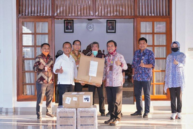 BKPM salurkan donasi ventilator Hyundai ke Kabupaten Batang