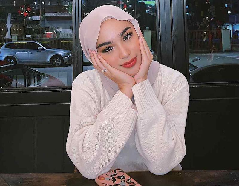 Modest-wear model Sharifah Rose was targeted online for briefly removing her tudung. — Picture from Instagram/Sharifah Rose