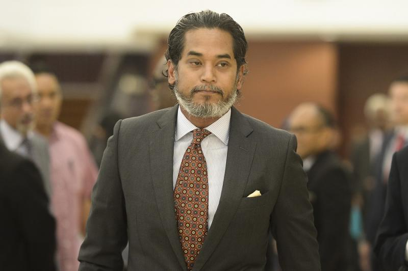 Former Umno Youth chief Khairy Jamaluddin arrived at the Sheraton Hotel here tonight to join a growing group of politicians from both sides of the aisle, amid fierce speculation that a new government will be formed. — Picture by Mukhriz Hazim