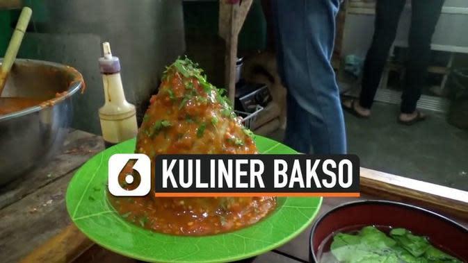 VIDEO: Mencicip Kuliner Unik Bakso Tumpeng Merapi