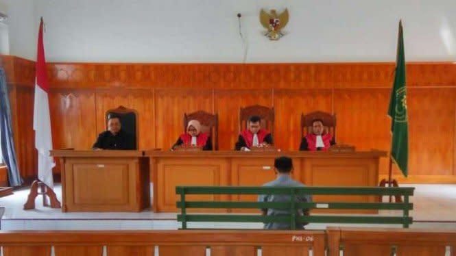 Suap Wahyu Setiawan, Kader PDIP Divonis 20 Bulan Penjara