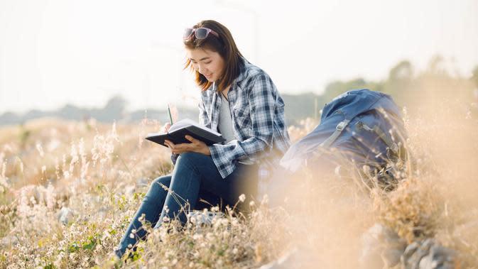 Menulis hal-hal baik. (Sumber: shutterstock.com)