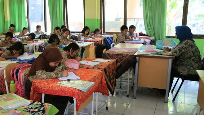 Ilustrasi kegiatan belajar di Sekolah, Surabaya, Jawa Timur (Foto: Dok Pemkot Surabaya)