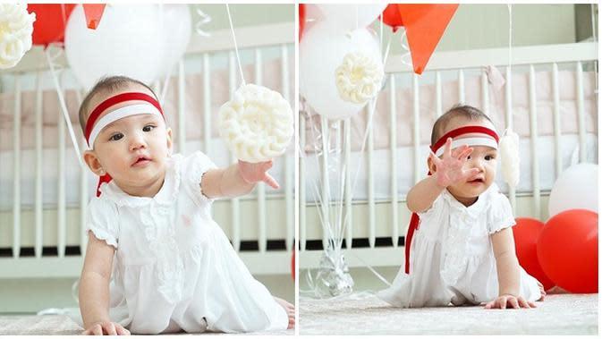 Bayi artis yang turut rayakn HUTRI ke-75 pertama kali. (Sumber: Instagram/@shandyaulia)