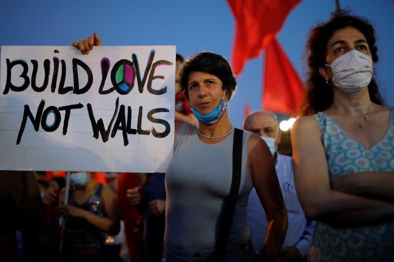 Ribuan warga Israel berunjuk rasa menentang rencana pencaplokan PM Netanyahu