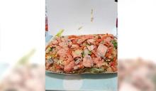 萬華這炒飯「魚肉鋪滿便當」才賣80元 網求地址:根本飯炒鮭魚吧!