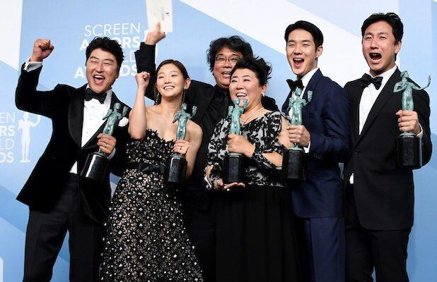SAG Awards Crown 'Parasite,' Give the Oscar Race a Shot of Uncertainty