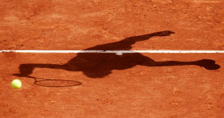 Cold comfort as Roland Garros starts in shadow of coronavirus