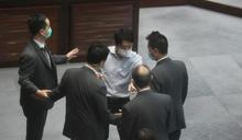 立會發展委員會選主席 許智峯被指搶選票建制派促報警