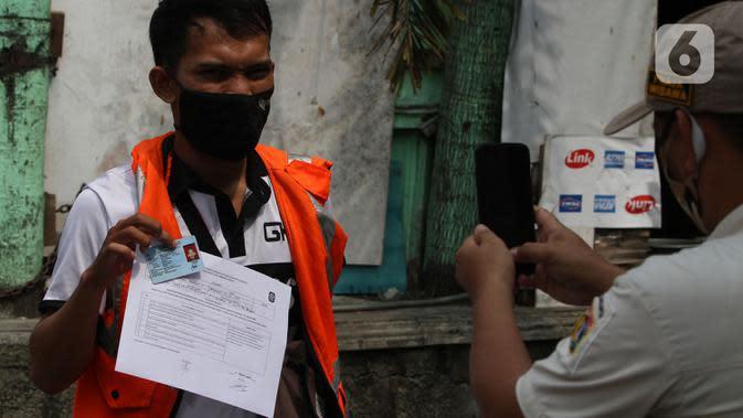 Puluhan Warga yang Tak Kenakan Masker di Cipayug Disanksi Petugas