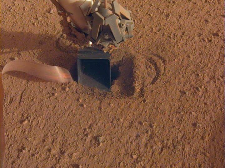 NASA InSight's robotic arm