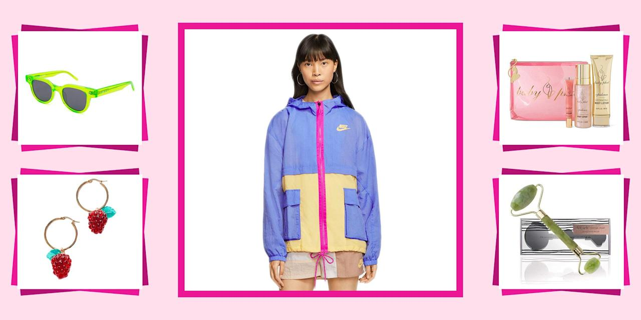 """<p>Staring to put together <a href=""""https://www.seventeen.com/fashion/g788/gifts-for-you/"""" target=""""_blank"""">your holiday wish list</a>? Or maybe you're not sure what to get your best friend for her birthday? Cool. Great. No problem. Because I have all the inspiration you could ever need right here (read: lots of really freaking cool presents). Even if you're trying to ball out on a budget, you'll be able to afford every single thing on this list – 'cause there are a ton of bargains too.</p><p>From a sassy a** candles and <em><a href=""""https://www.seventeen.com/fashion/g2651/harry-potter-gifts/"""" target=""""_blank"""">Harry Potter </a></em><a href=""""https://www.seventeen.com/fashion/g2651/harry-potter-gifts/"""" target=""""_blank"""">merch</a> to<em></em> the basics of the <a href=""""https://www.seventeen.com/fashion/trends/g29036093/vsco-girl-brands-starter-pack/"""" target=""""_blank"""">VSCO girl starter pack</a>, here are the <a href=""""https://www.seventeen.com/fashion/g788/gifts-for-you/"""" target=""""_blank"""">coolest gifts for tweens and teens</a>.</p>"""