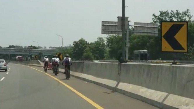 Pengakuan Pesepeda Masuk Tol Jagorawi: Kami Capek, Enggak Tahu Arah
