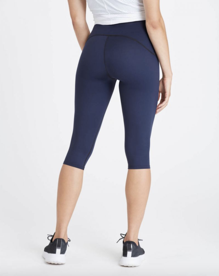 "<p><strong>Spanx</strong></p><p>spanx.com</p><p><strong>$78.00</strong></p><p><a href=""https://go.redirectingat.com?id=74968X1596630&url=https%3A%2F%2Fwww.spanx.com%2Fleggings%2Fbooty-boost-active-compression-knee-pant&sref=https%3A%2F%2Fwww.cosmopolitan.com%2Fhealth-fitness%2Fg26305843%2Fbutt-sculpting-leggings%2F"" target=""_blank"">Shop Now</a></p><p>Behold: The contouring pair that changed my life. That curved seam hits just above the booty to maximize the lift of these compression leggings.</p>"